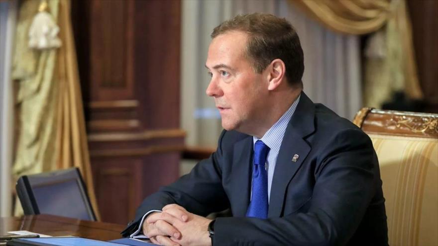 El vicepresidente del Consejo de Seguridad de Rusia, Dmitri Medvedev, en una reunión virtual en Moscú, capital rusa, 10 de diciembre de 2020. (Foto: Tass)