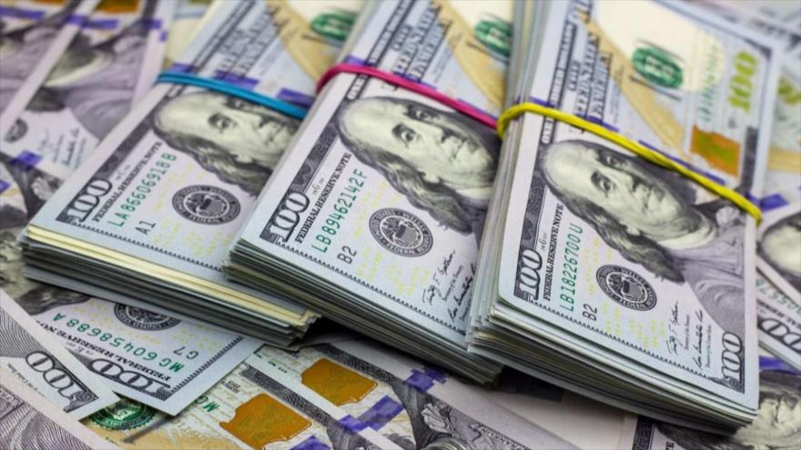 Billetes de cien dólares de Estados Unidos.