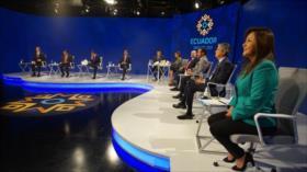 Candidatos presidenciales de Ecuador debaten impuestos y vacunas