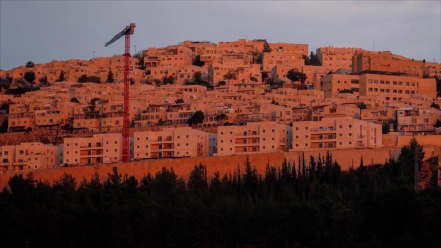 Construcciones en curso en el asentamiento israelí de Ramat Shlomo, en el este de Al-Quds (Jerusalén), 12 de noviembre de 2020. (Foto: AFP)