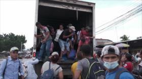 Caravana de migrantes hondureños sigue retenida en Guatemala