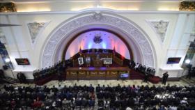 """Parlamento venezolano investigará """"crímenes"""" de diputados salientes"""