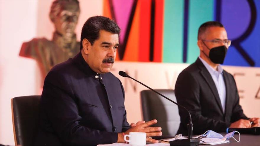 """Maduro insta a Biden a """"abandonar la demonización"""" contra Venezuela"""