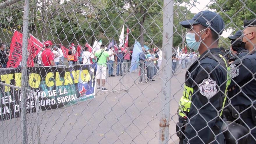 Trabajadores panameños desconfían de diálogo por la crisis