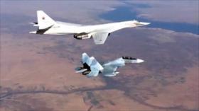 Vídeo: Aviones rusos atacan a terroristas en el noroeste de Siria