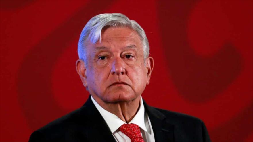 Presidente mexicano, Andrés Manuel López Obrador, celebra rueda de prensa en Palacio Nacional de la Ciudad de México, 17 de marzo de 2020. (Foto: Reuters)