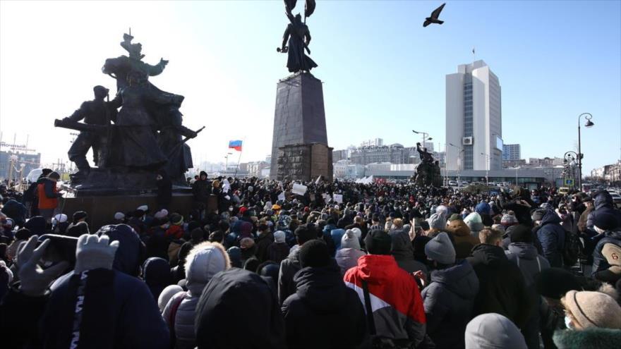 Las protestas realizadas en Vladivostok, Rusia, en apoyo a Alexéi Navalni, el 23 de enero de 2021. (FOTO: Reuters)