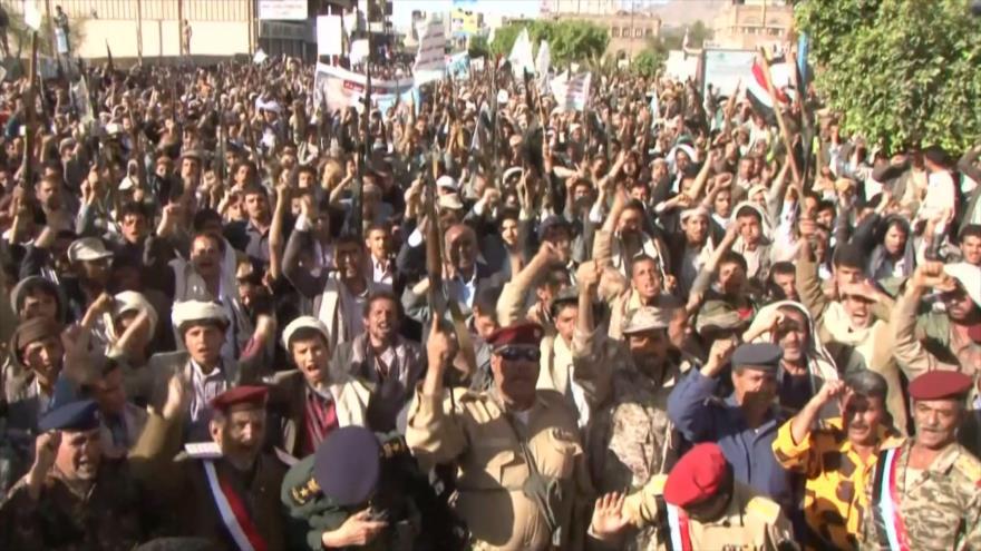 Miles de yemeníes protestan por la medida de EEUU contra Ansarolá