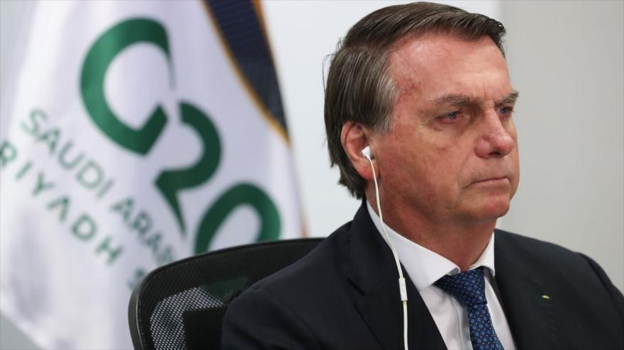 El presidente brasileño, Jair Bolsonaro, en una reunión por videoconferencia desde el Palacio Planalto en Brasilia, 21 de noviembre de 2020. (Foto: AFP)