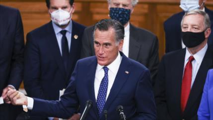 Senador republicano defiende el 'constitucional' impeachment a Trump