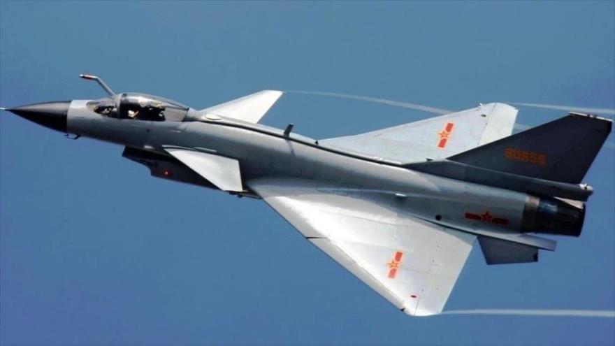 Un avión de combate J-10 del Ejército Popular de Liberación de China