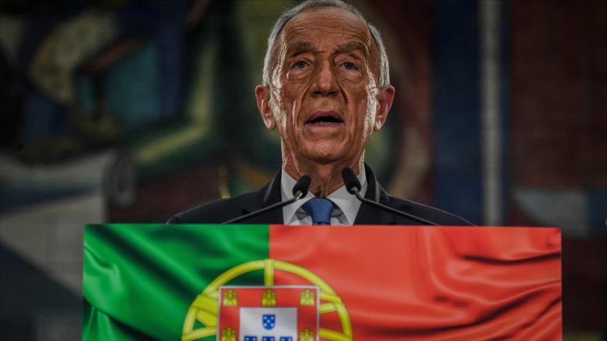 El presidente de Portugal, Marcelo Rebelo de Sousa, ofrece un discurso tras ser reelegido en las urnas, Lisboa, capital lusa, 24 de enero de 2021. (Foto: AFP)