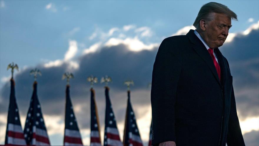 Sondeo: Mayoría en EEUU pide prohibir a Trump ejercer cargos públicos