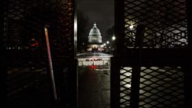 Senado tumba esfuerzo republicano contra juicio político de Trump