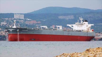 EEUU busca incautar petrolero tras alegar que lleva crudo iraní