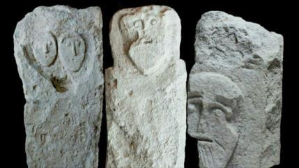 Foto: Arqueólogos hallan lápidas de la época romana en Crimea