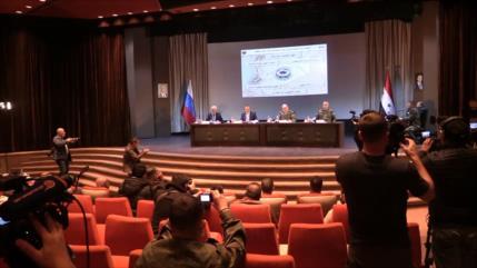 Altos cargos sirios y rusos celebran rueda de prensa conjunta