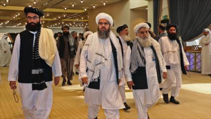 Talibán acusa a EEUU de violar el pacto de Doha al atacar a civiles