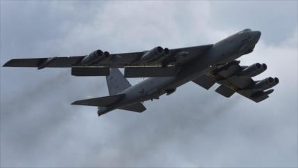 """EEUU despliega bombarderos B-52 en Guam; ¿para """"disuadir"""" a China?"""