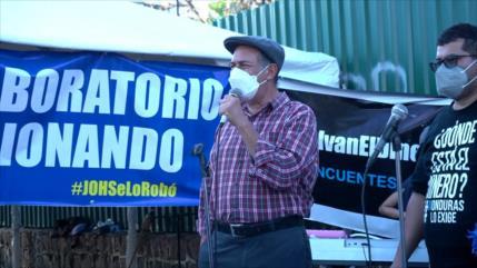 Hondureños quieren fuera a su presidente