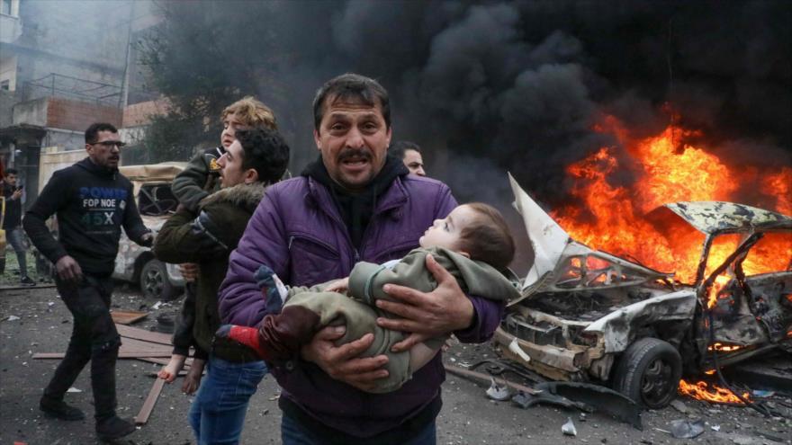 Explosión de un coche bomba sacude la ciudad siria de Azaz, en la provincia de Alepo, 31 de enero de 2021. (Foto: AFP)