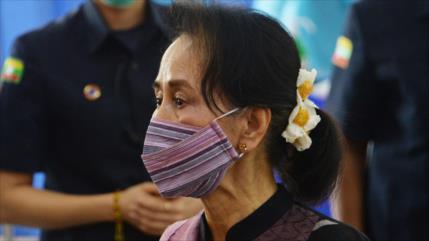 Ejército de Myanmar detiene a la líder de facto Aung San Suu Kyi