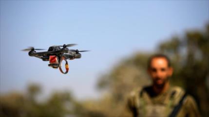 Combatientes palestinos derriban un cuadricóptero espía israelí
