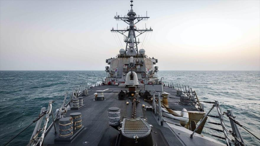 El John S McCain, destructor de EE.UU., navega por aguas del estrecho de Taiwán, 4 de febrero de 2021. (Foto: US Navy)
