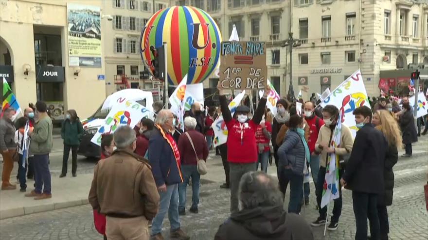 Franceses realizan huelga nacional contra la precariedad laboral