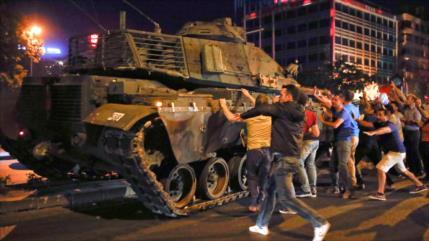 Turquía acusa a EEUU de estar detrás del golpe fallido de 2016