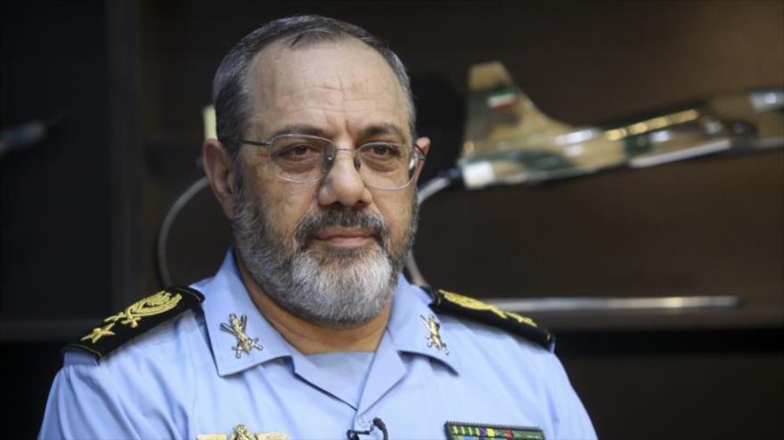 El comandante de la Fuerza Aérea del Ejército iraní, el general de brigada Aziz Nasirzade. (Foto: yjc.ir)