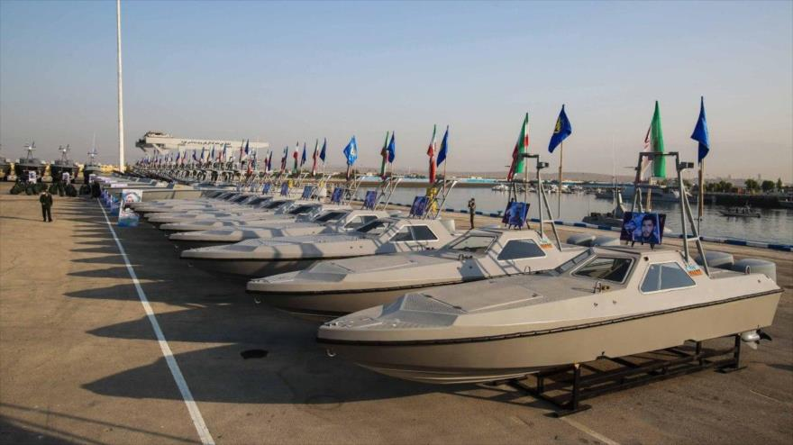 Irán refuerza su Armada en Golfo Pérsico con 340 lanchas de ataque | HISPANTV