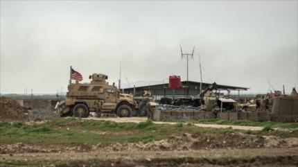 Fotos satelitales: EEUU erigenueva base aérea en el este de Siria