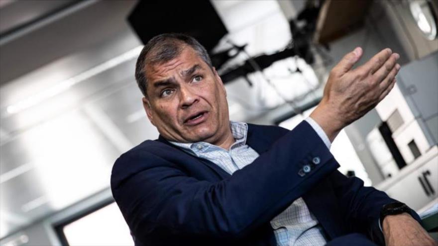 El expresidente ecuatoriano Rafael Correa en una entrevista con la agencia de noticias francesa AFP, 11 de abril de 2019. (Foto: AFP)