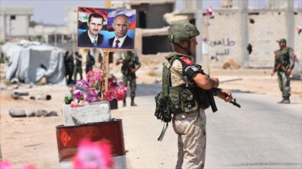 El Ejército de Siria entra en Tafas acompañado por fuerzas rusas