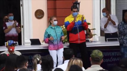 Miles de jóvenes celebran el día de la Juventud en Venezuela