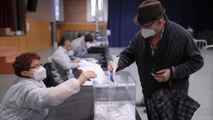 Cataluña celebra elecciones determinantes para independentismo