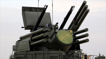 En desafío a EEUU, Paquistán contrata con Rusia compra de armas
