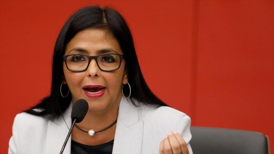 La vicepresidenta venezolana, Delcy Rodríguez, en una rueda de prensa.