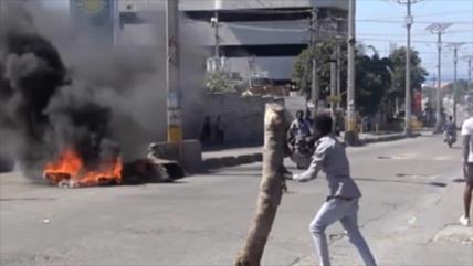 Haitianos en Santo Domingo preocupados por la crisis en su país