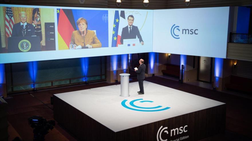 Líderes de EE.UU., Alemania y Francia, Joe Biden, Ángela Markel y Emmanuel Macron, respectivamente, participan de forma virtual en la MSC, 19 de febrero de 2021. (Foto: EFE)