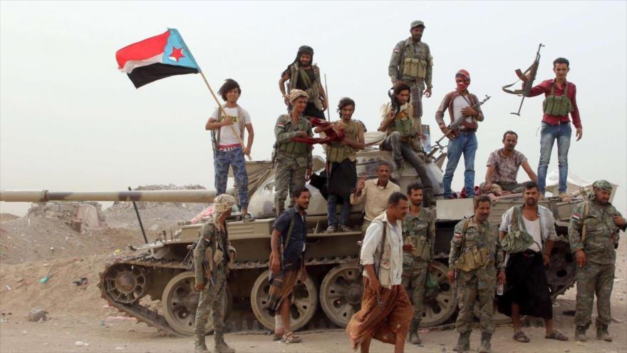 Combatientes del Consejo de Transición del Sur (STC, por sus siglas en inglés), patrocinados por EAU en Yemen.