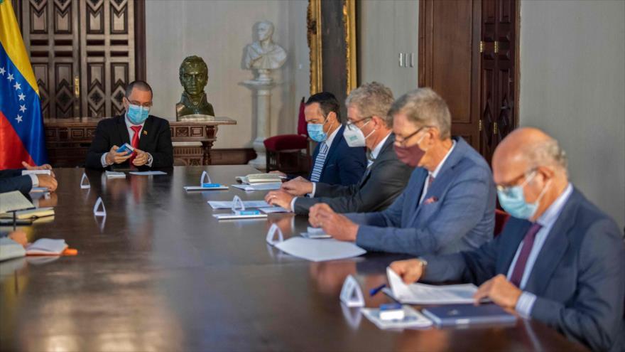 Venezuela entrega notas de protesta a cuatro diplomáticos europeos | HISPANTV
