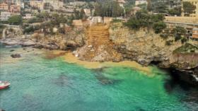 Vídeo: Se hunde cementerio en Italia y decenas de ataúdes caen al mar