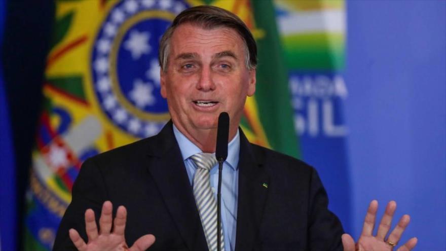 Vídeo: Bolsonaro corta una entrevista por pregunta sobre su hijo | HISPANTV