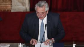 """Fernández anuncia """"querella criminal"""" contra funcionarios de Macri"""