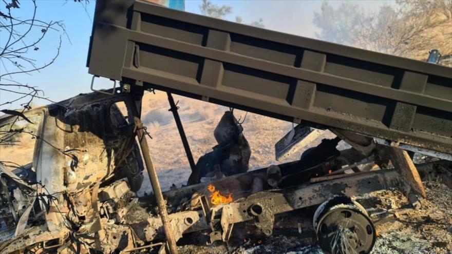 Vehículo utilizado para atacar base Ain Al-Asad, que alberga a las fuerzas de EE.UU., en la provincia iraquí de Al-Anbar, 3 de marzo de 2021.