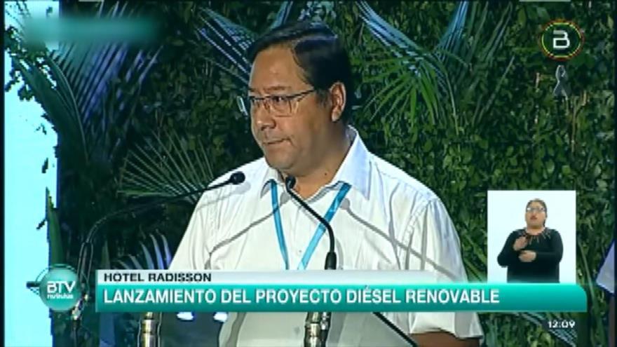 Arce critica la gestión del gobierno de facto de Áñez ante COVID-19
