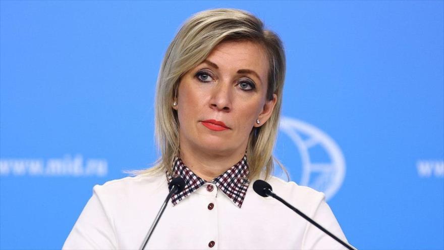 La portavoz de la Cancillería rusa, María Zajarova, en una rueda de prensa, Moscú (capital), 11 de febrero de 2021. (Foto: TASS)