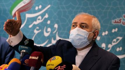 Zarif: EEUU continúa la fallida política de Trump contra Irán